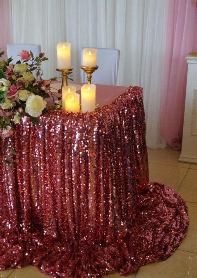 Скатерть из пайеток на оловянную свадьбу